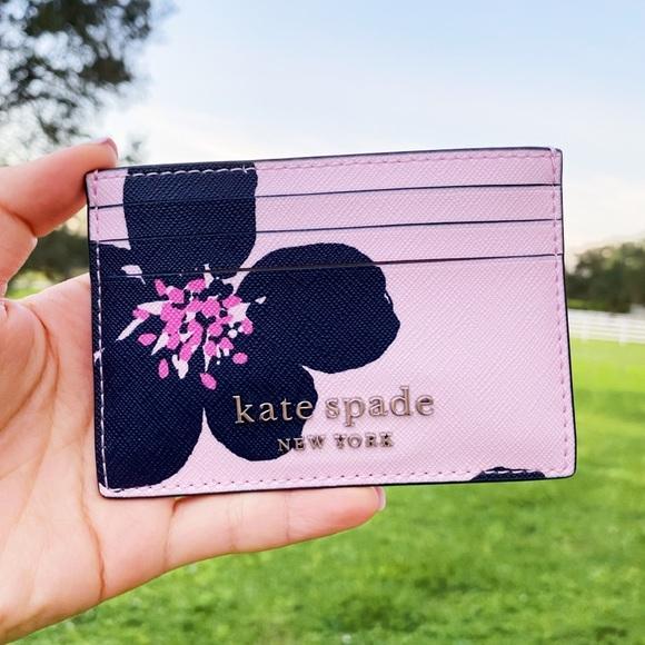 NWT Kate Spade 🌸 Floral Cardholder